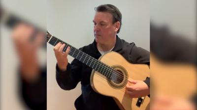 Dr Ken Murray – Head of Guitar at the Melbourne Conservatorium.